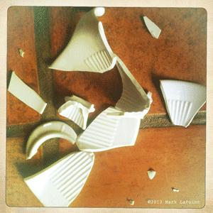 plastic-vs-ceramic-coffee-drippers_300px