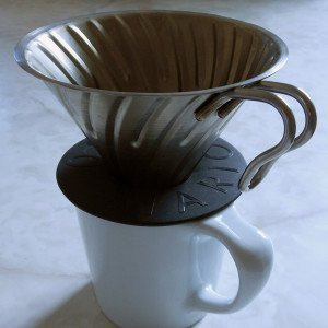 Hario-v60-metal-dripper-main-hero-900